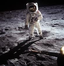 Neil Armstrong On The Moon | Image enjoy.penshow.cn