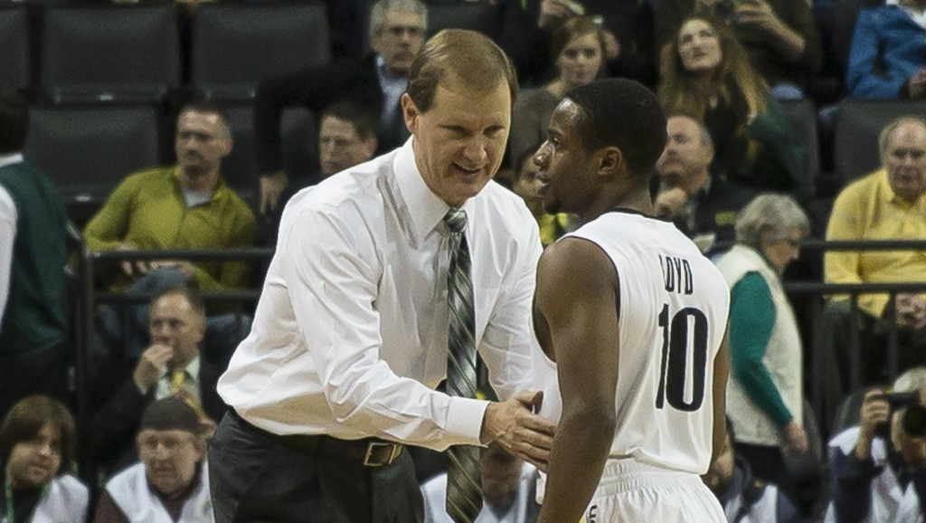 Coach Altman was having a chat with Johnathan Loyd | Photo - Dave Peaks