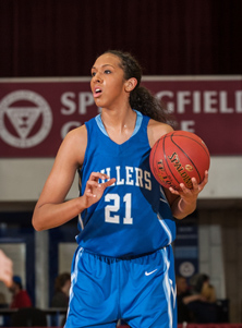 Mercedes Russell playing for Springfield High School. Photo by Maxpreps.com