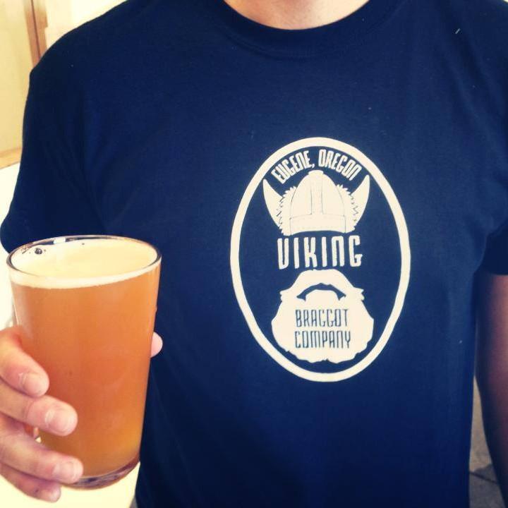 Viking Braggot t shirt and beer