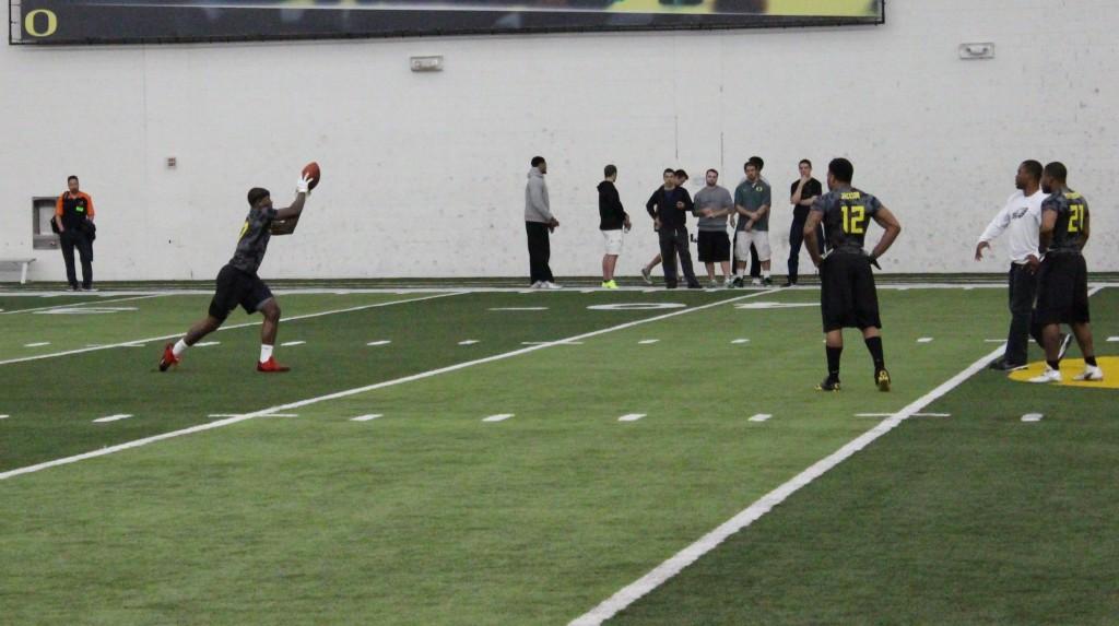 Terrence Mitchell catches pass | Photo By Corey Buchanan/EDN