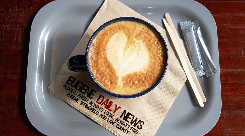 edn-dinertray-coffee