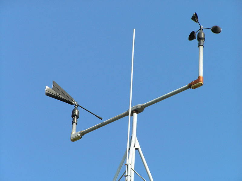 Cup Anemometer On Right, Weathervane On Left | Photo by www.stormdebris.net