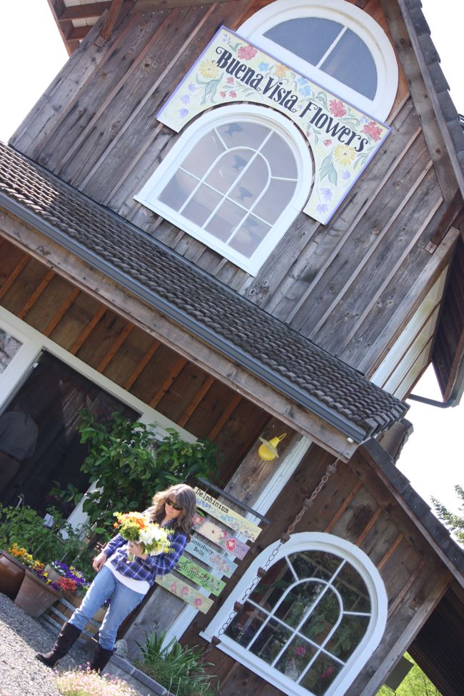 Buena Vista Flower Shop |  Photo  Sandy Harris