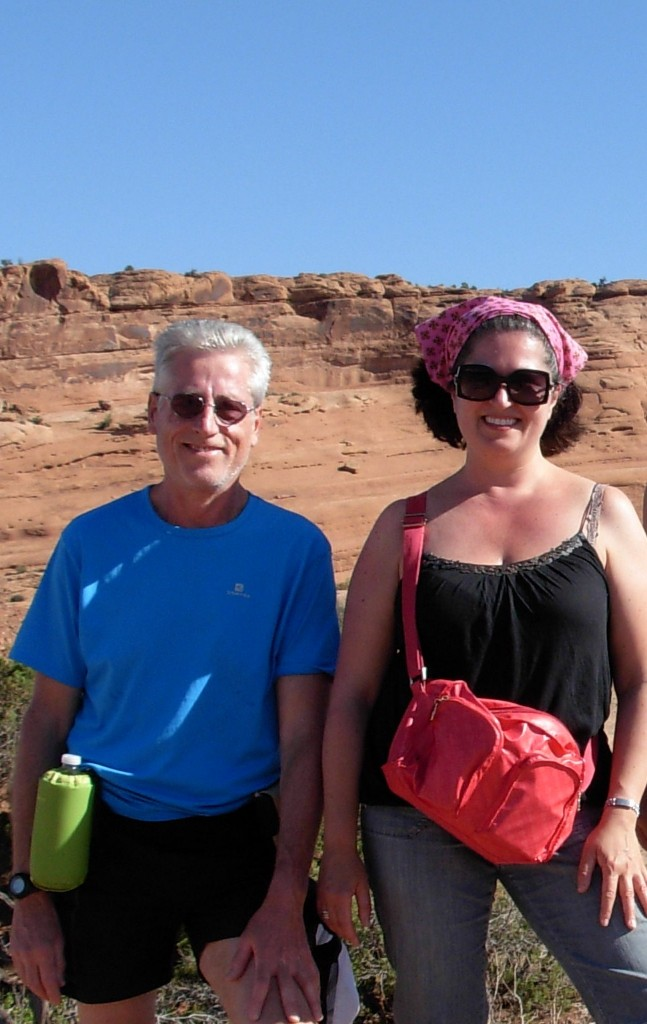 Utah 2011. Hiking to the Delicate Arch with uncle Fabio
