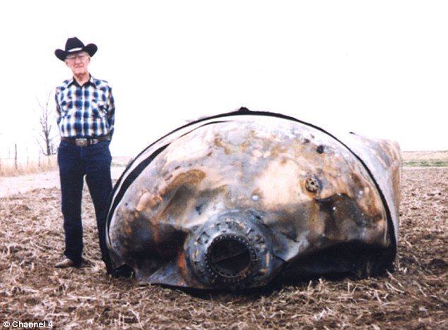 Space Junk Fell In Rural USA, photo by www.dailymail.co.uk
