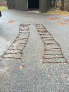 Tire Chains Laid Out On The Ground | Image by kijiji.ca