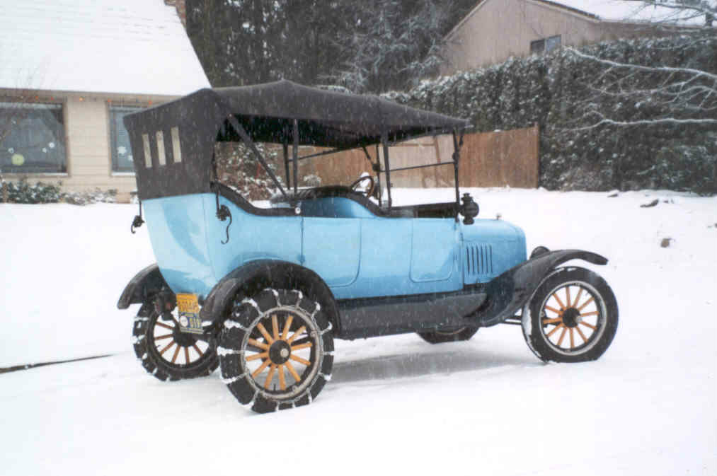 Early Days Of Automobile Snow Chains | Photo by