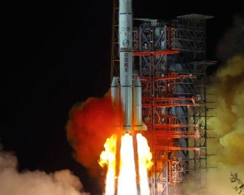 Launch Chang'e 4